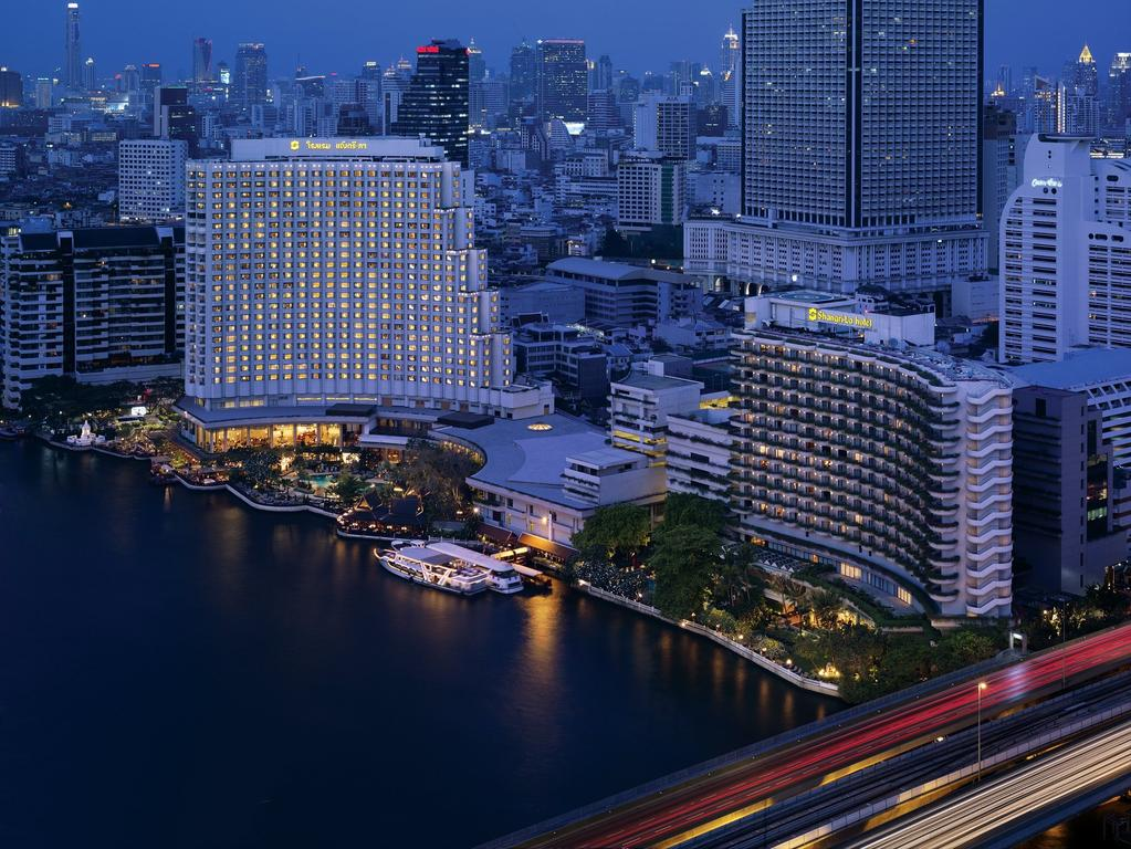 Shangri-La Bangkok Luxury Colllection